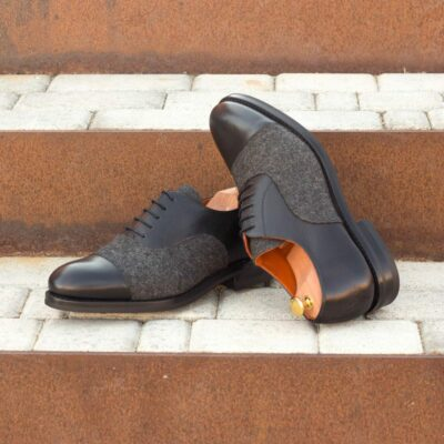 Custom Made Men's Goodyear Welt Oxford in Black Painted Full Grain Leather with Dark Grey Flannel