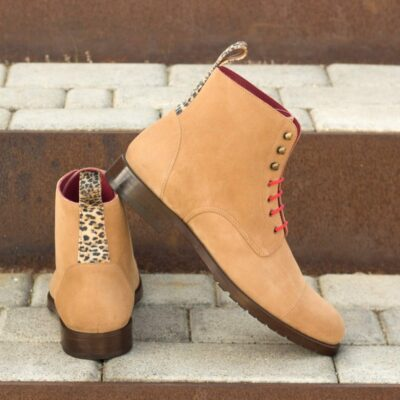 The Women's Lace Up Captoe Boot Model 3364