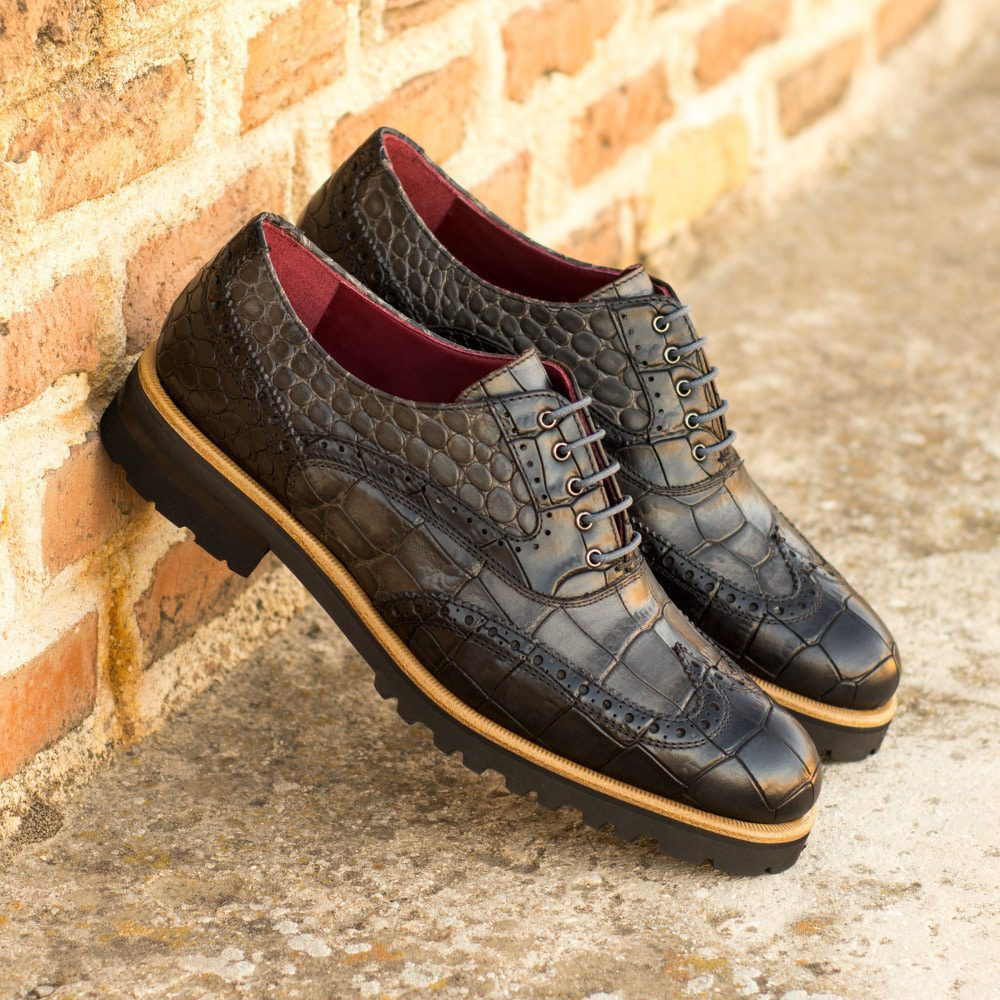 Custom Made Women's Full Brogue in Black Croco Embossed Calf Leather